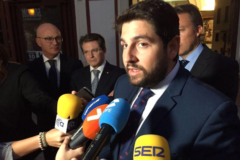 """López Miras: """"En España no falta agua. Hay agua y se está arrojando al mar"""""""