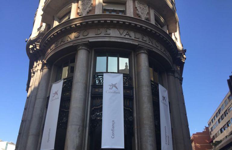 La banca nacional decide en la comunitat radio for Oficinas banco sabadell valencia