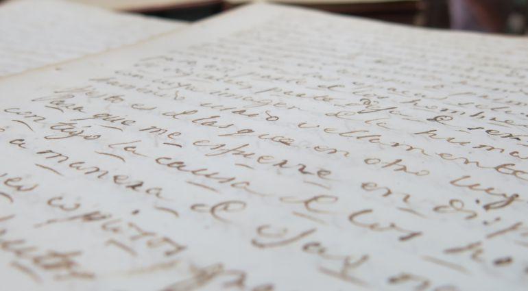 Uno de los textos manuscritos por Adolfo de Castro para la biblioteca municipal de Cádiz