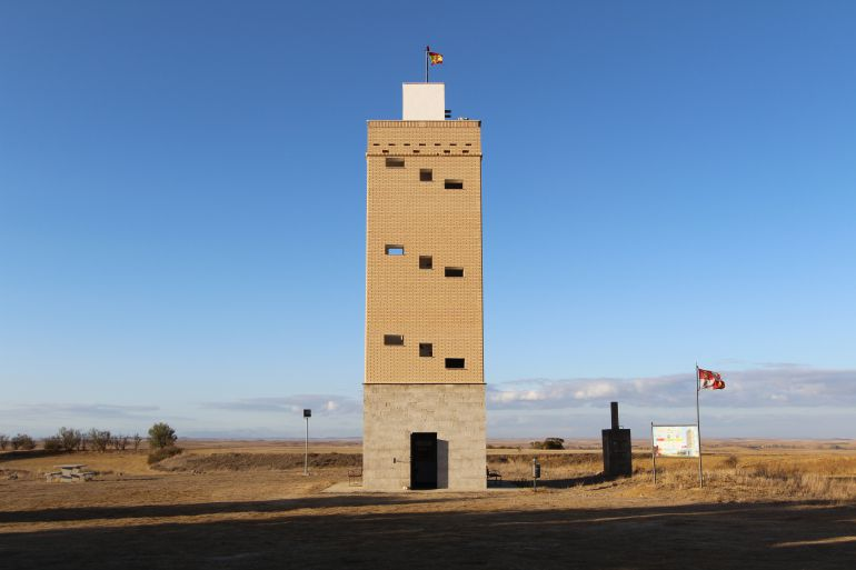 Torre de Lomas de Campos
