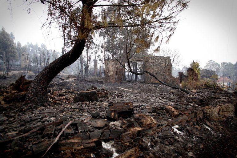 Devastación en un monte del concello de As Neves.