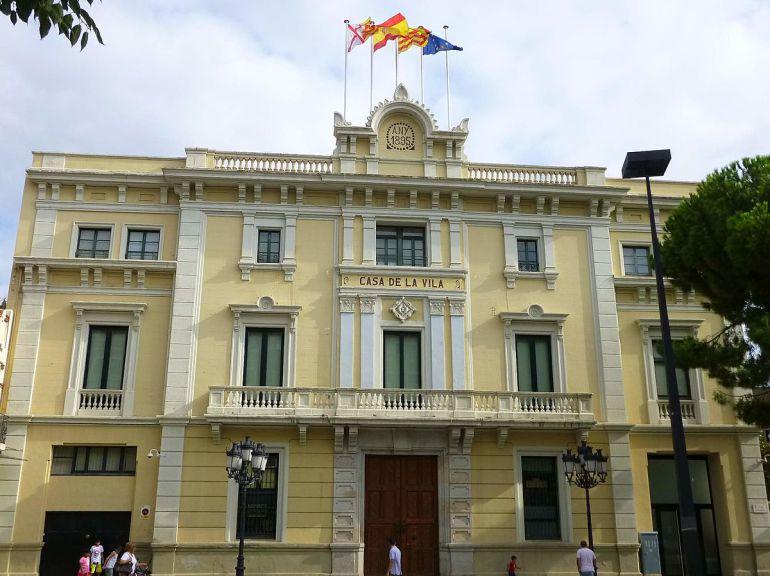 El Ayuntamiento de l'Hospitalet del Llobregat, uno de los municipios principales del Área Metropolitana de Barcelona