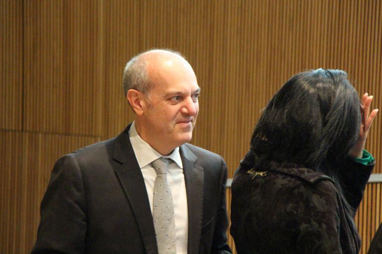 El Ministre de Salut, Carles Alvarez Marfany, en un moment del debat al Consell General.