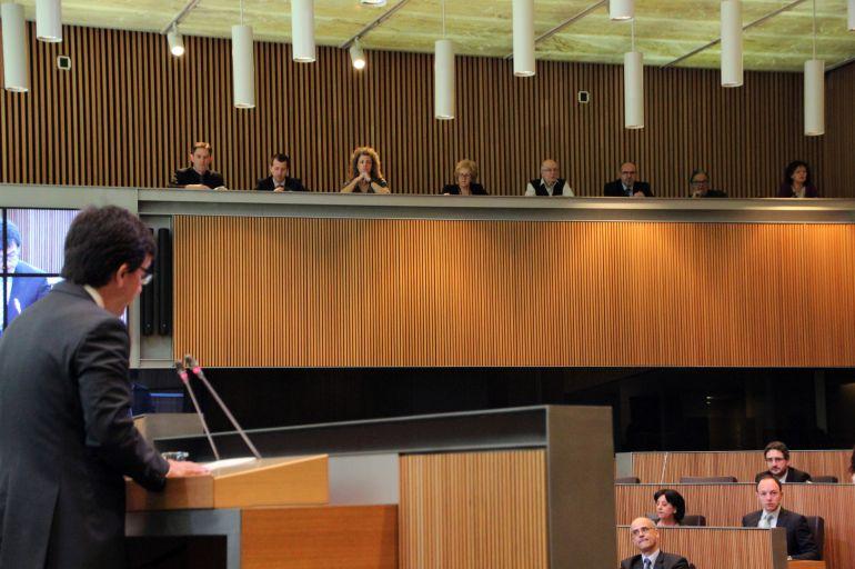 El ministre de finances, Jordi Cinca, durant una compareixença al Consell General