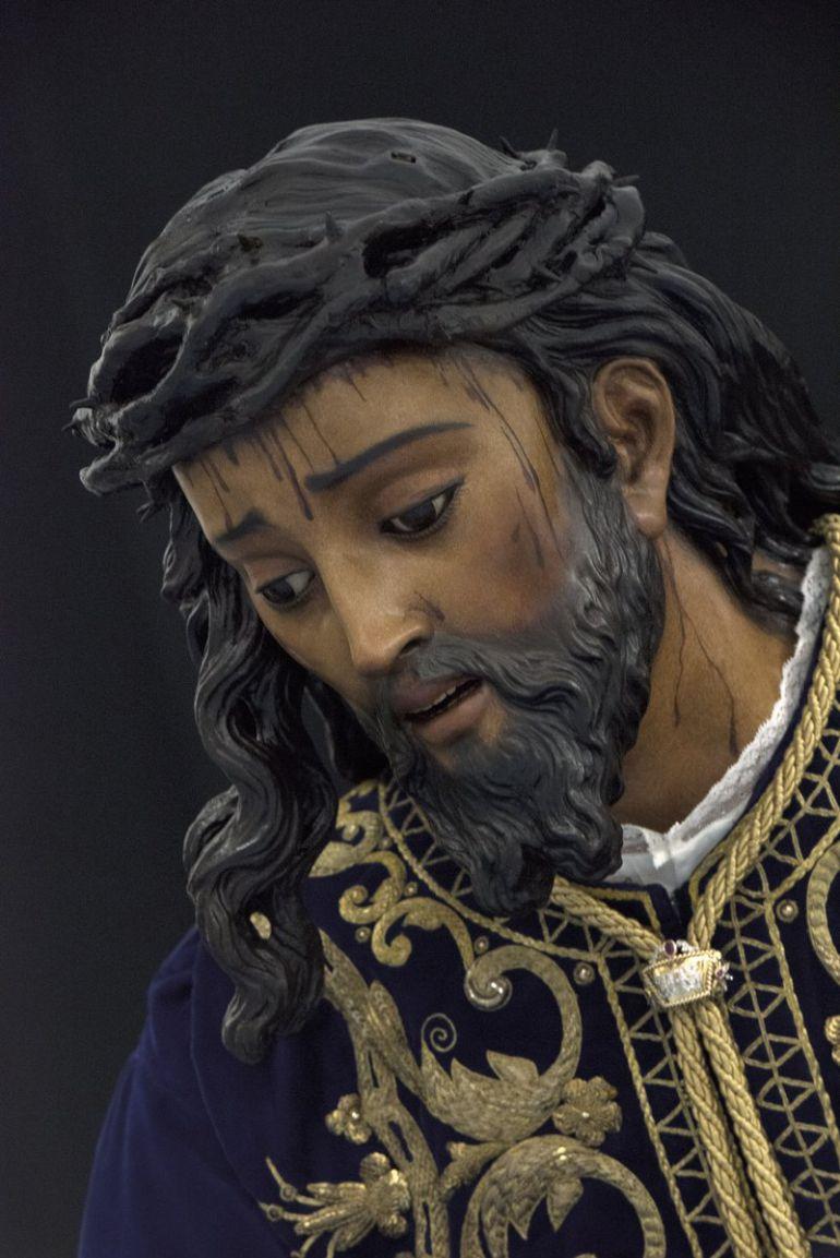 Así ha quedado tras la restauración de Pedro Manzano el Cristo de las Tres Caídas de la Esperanza de Triana