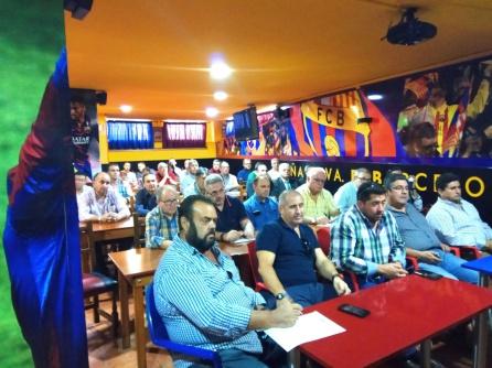 Los representantes de las peñas están en contra de la postura del club