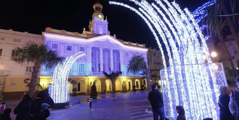 Alumbrado extraordinario de Navidad en las calles de Cádiz
