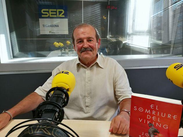 Jordi Tiñena als estudis de la Cadena SER al Camp de Tarragona