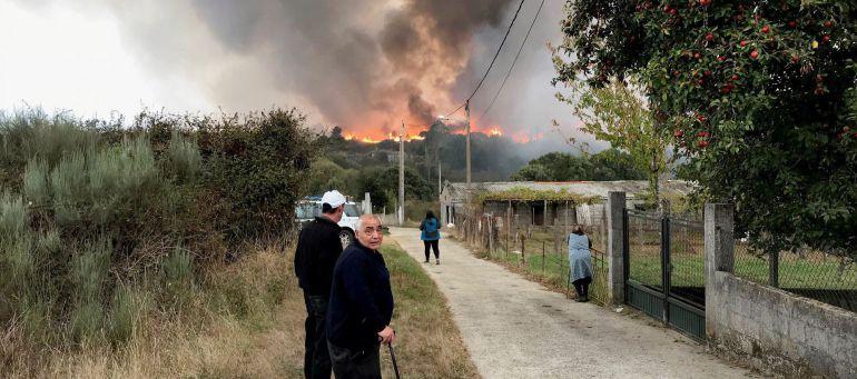 La última oleada de incendios resultó especialmente dañina con varios pueblos