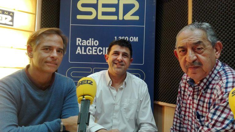 José Carlos Cabrera, presidente de la Sociedad del Cante Grande de Algeciras, José Pañero, cantaor y Pepe Vargas que recibirá la XXV Palma de Plata Ciudad de Algeciras.