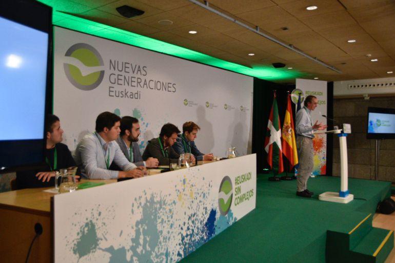 Alonso ha intervenido en el Congreso de Nuevas Generaciones del País vasco