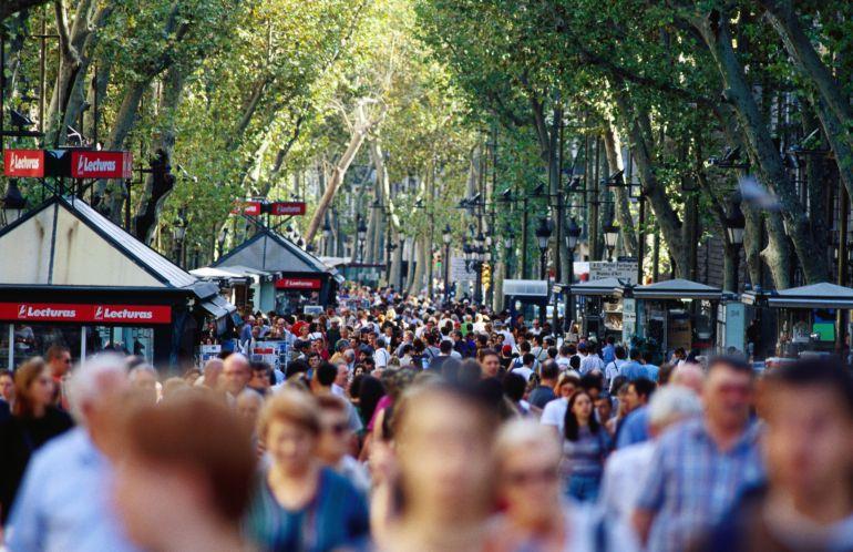 Els barcelonins veuen el turisme com el principal problema de la ciutat