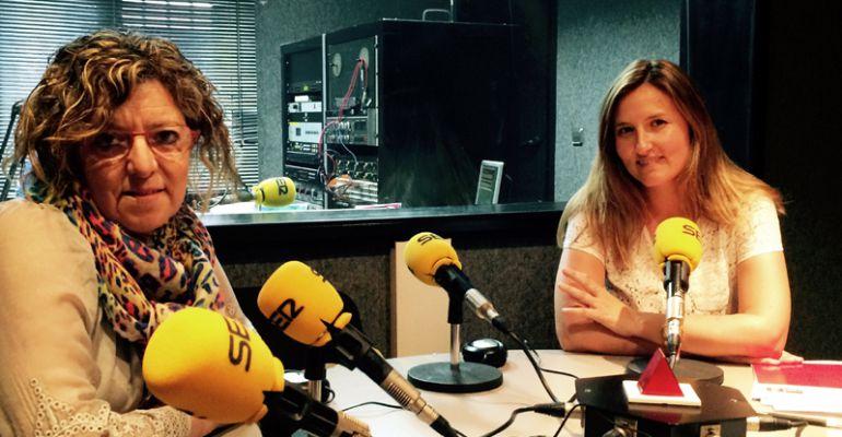 Sagrario de la Fuente, portavoz del PP y Ana Belén Romero, portavoz del PSOE y segunda teniente de alcalde de Pedrezuela