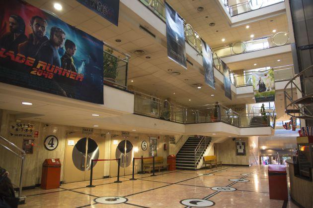 Interior de los Cines Acteón