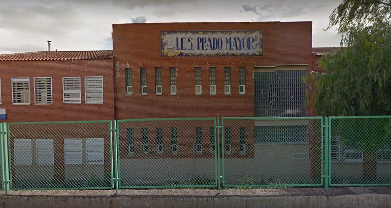 Aulas sin mesas ni sillas en el IES Prado Mayor