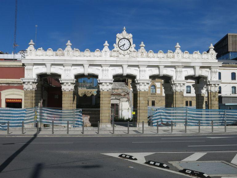 El Ayuntamiento de San Sebastián confía en tener terminados la Puerta de Brandemburgo y su entorno para marzo de 2018: La Puerta de Brandenburgo estará terminada para marzo de 2018