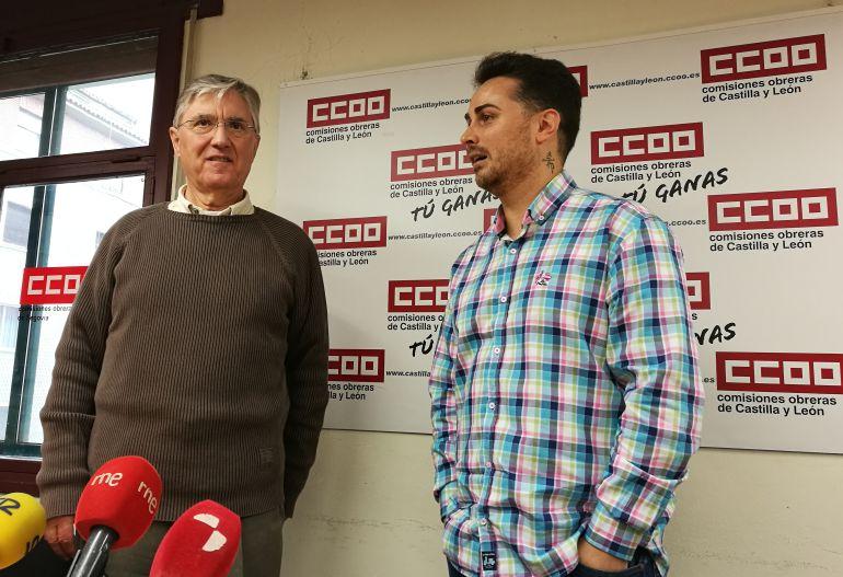 José Luis Ordoñez de IU junto a Alez Blázquez de CCOO tras la reunión de trabajo entre ambas organizaciones