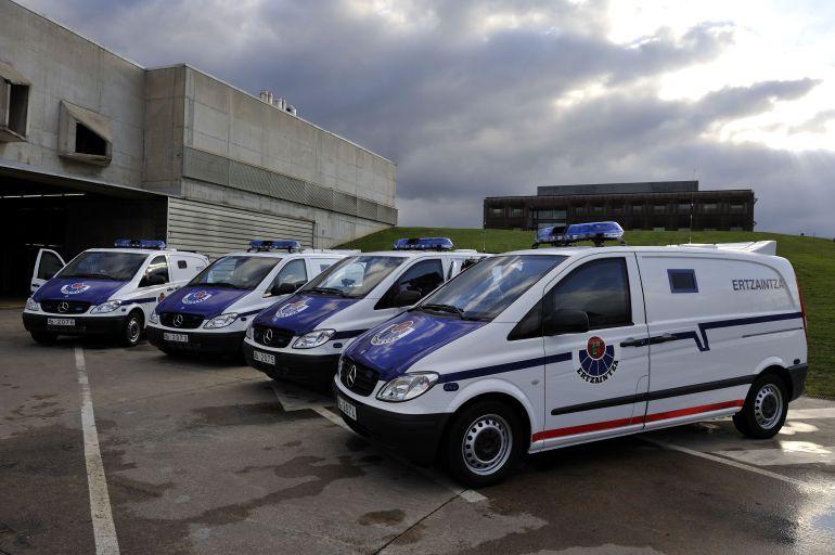 Los 470 nuevos vehículos de la Ertzaintza, por fin a partir de mayo
