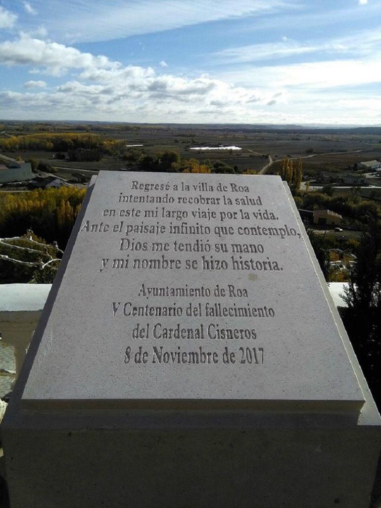 Monolito conmemorativo del V Centenario del fallecimiento del Cardenal Cisneros en Roa