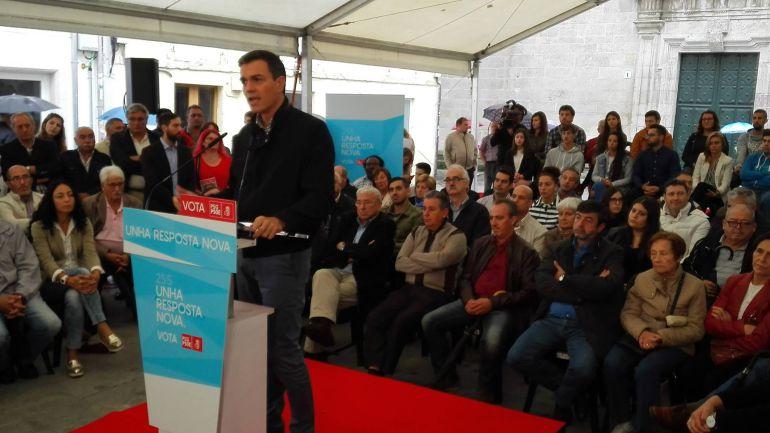 Un mitín del PSdeG en Lugo, con Pedro Sánchez y militantes lucenses