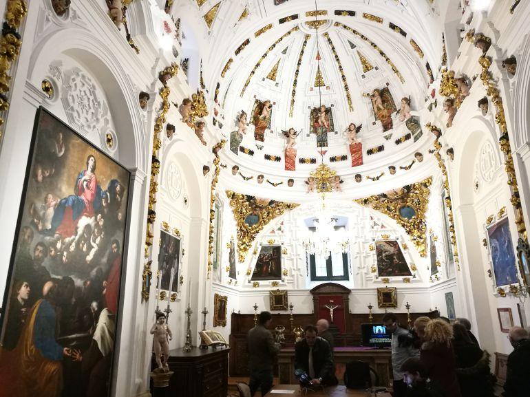 Las obras de restauración de la sacristía se han prologando a lo largo de tres meses