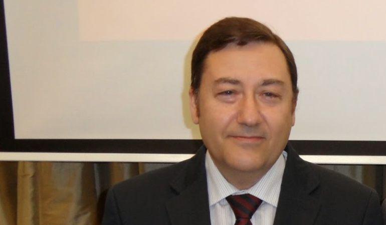 José Roda Peña es el director del Simposio sobre Hermandades de Sevilla y su provincia
