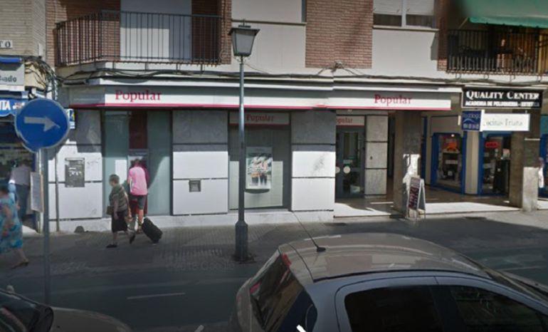 Santander anuncia el cierre de tres oficinas del Banco Popular en Sevilla: El despido colectivo que anuncia el Santander afectará a 5 oficinas en Sevilla
