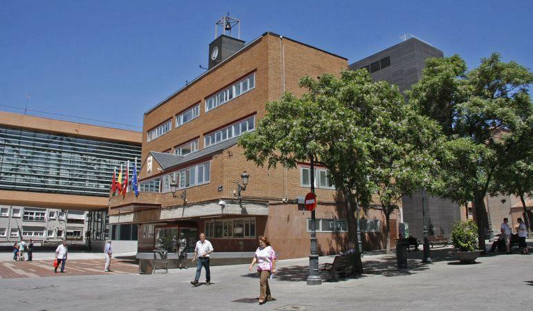 Fachada del Ayuntamiento de Alcorcón (foto de archivo)