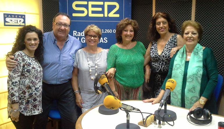 Junio de 2015, Maite Moreno, María Luisa Rondón, Beatriz Calderón, Juana Mari Moreno y la llorada Ana María Spínola ofrecerían, días después, un pregón coral de la Feria Real de Algeciras.