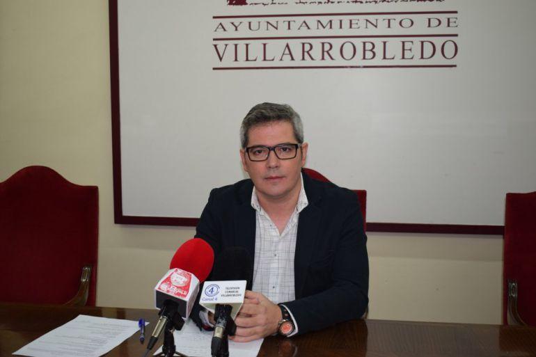 """Íñiguez: """"No tenemos capacidad técnica ni económica para gestionar la Campa de Camiones"""""""