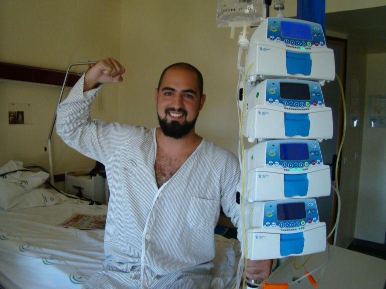 Marcos Rosa, un joven enfermo de leucemia, lanza una campaña para pedir un donante de médula