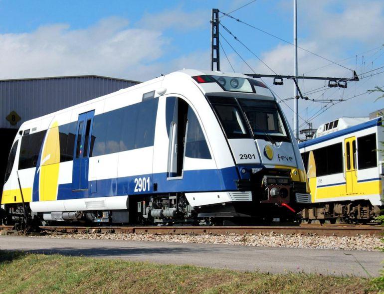 IU exige la llegada inmediata de los trenes de FEVE para no retrasar más su recuperación