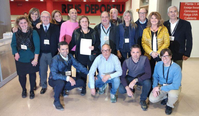 Mònica Balsells i el seu equip celebren la reelecció a la presidència del Reus Deportiu.