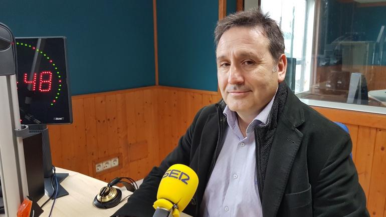 El diputado regional Juan Ramón Carrancio en el estudio de la Ventana de Cantabria