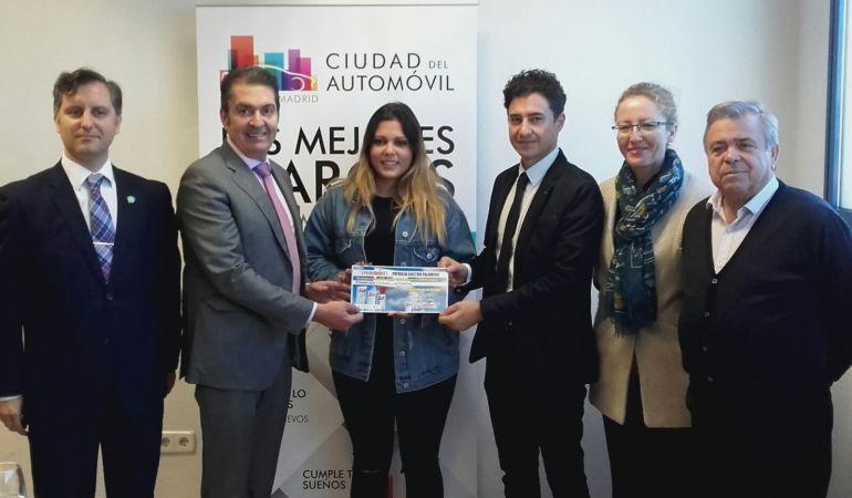 La ganadora del premio de 1.000 euros
