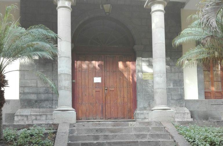 Puertas del TSJC cerradas por la falta de personal de seguridad