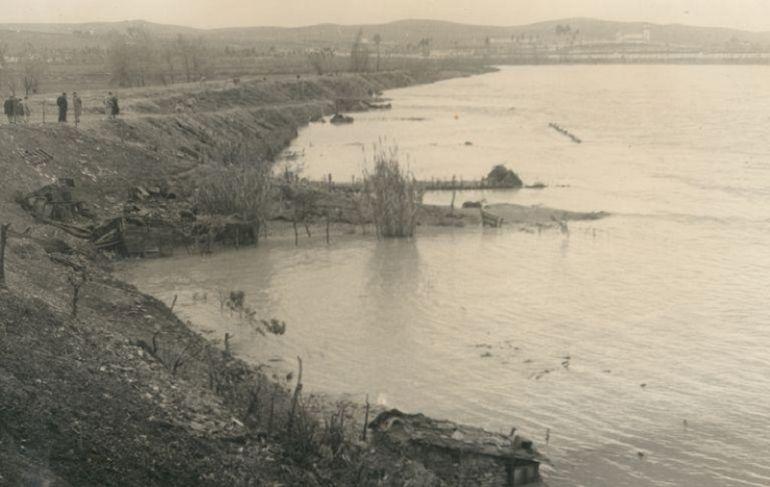 Obras de denfesa del Río Guadalquivir de las inundaciones