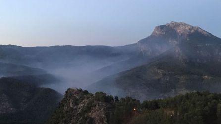 Aspecto del Pico de El Yelmo de Segura de la Sierra después del incendio.