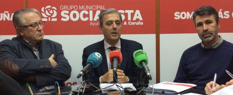 El PSOE propone un consorcio para el puerto