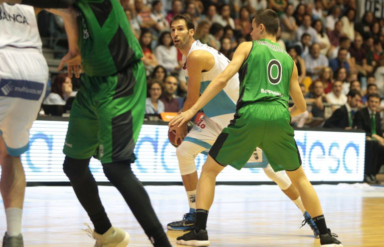 Alberto Corbacho, en el partido de esta temporada en Sar ante el Joventut de Badalona
