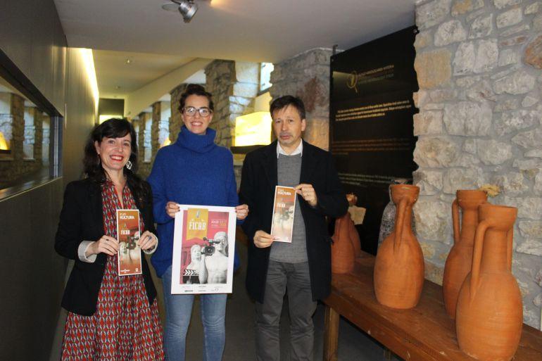 María José Noain, Juncal Eizaguirre e Iñigo Market en la presentación del Ficab.