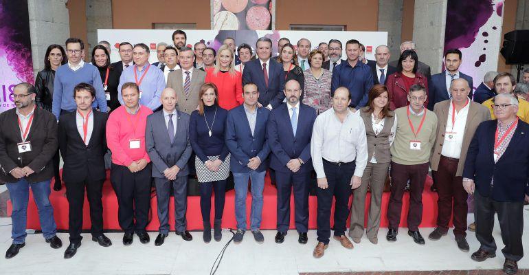 Foto de familia de la presentanción del Salón del Vino de Madrid