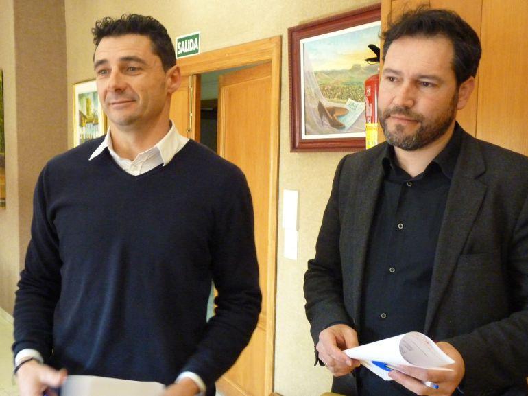 Alberto García y Francisco Muñoz, ediles del PP en el Ayuntamiento de Elda