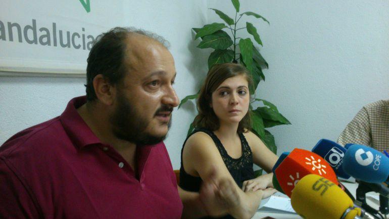 Imagen de Raúl Ruiz-Berdejo y Ana Fernández de IU
