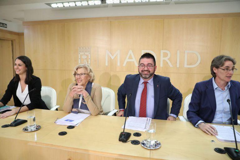 Carmena empieza a cumplir con Montoro con una primera retención de 173 millones