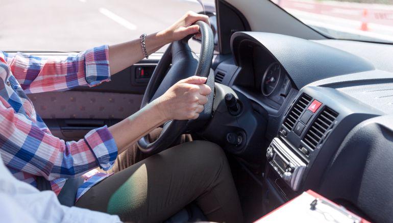 La DGT promete aumentar la plantilla de examinadores de tráfico en Navarra