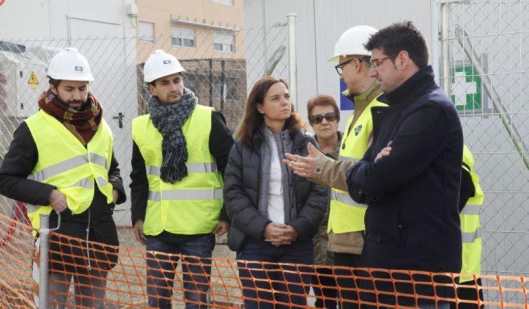 Gómez junto a la alcaldesa de Getafe, Sara Hernández