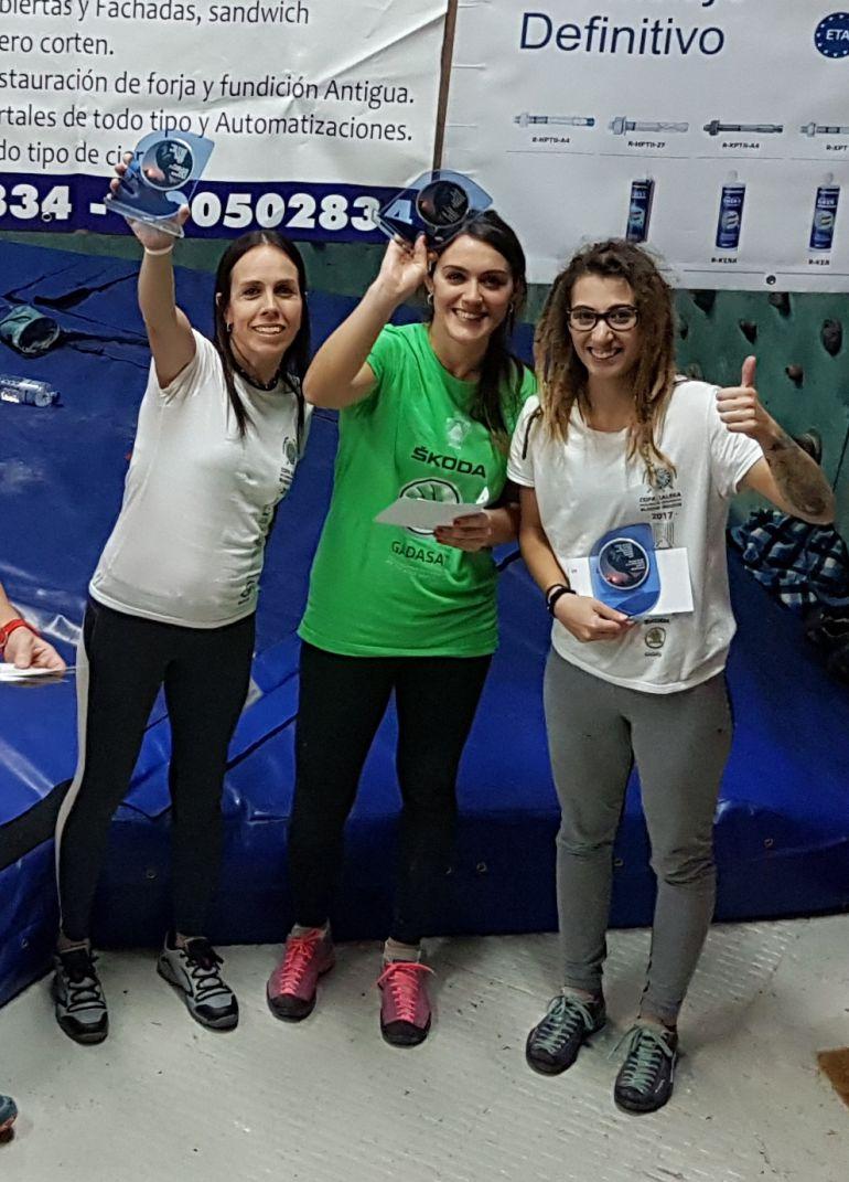 Triplete del ASESOU femenino, en la Copa Galicia de Escalada en Bloque Indoor, en Vigo