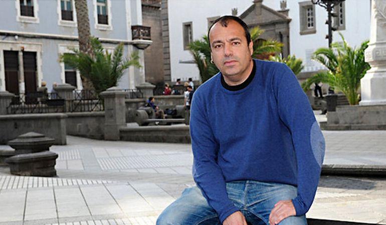 El canario Pedro Flores gana el Premio Nacional de Poesía de S.S.de los Reyes