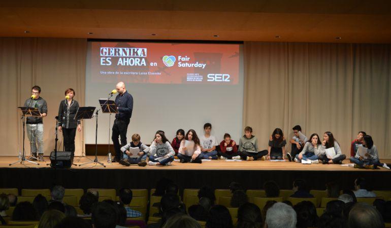 Radio teatro: Así sonó la representación en vivo de 'Gernika es ahora' en 'Fair Saturday'